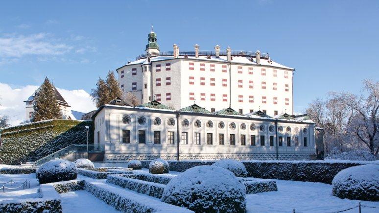 Slot Ambras in de winter, © TVB Innsbruck/Christoph Lackner