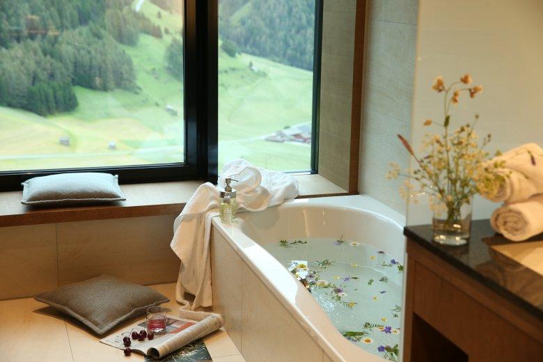 Baden met uitzicht, © Gradonna Mountain Resort