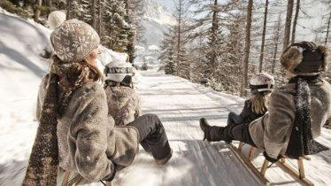Einen hausgemachten Apfelstrudel oder andere Tiroler Spezialitäten können Sie vor der Talfahrt im Jägerhaus genießen, © TVB Tiroler Zugspitzarena/U. Wiesmeier