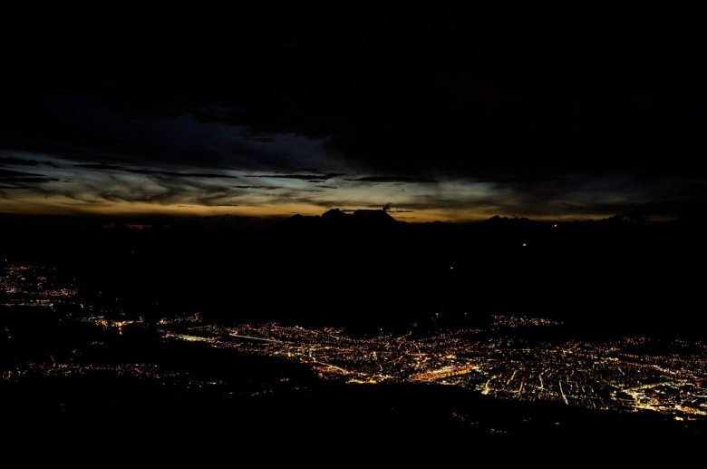 Fabians uitzicht over Innsbruck en Inntal, gefotografeerd vanaf het Patscherkofel-Schutzhaus.