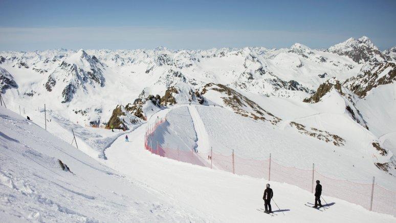 Skiën op de Pitztaler Gletscher, © Tirol Werbung/Verena Kathrein