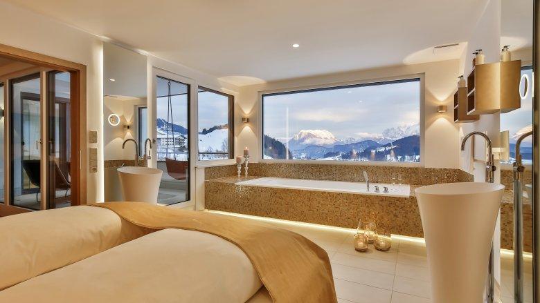Baden met uitzicht, © Hotel Juffing Spa