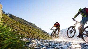 Mountainbiken in Oetz, © Ötztal Tourismus