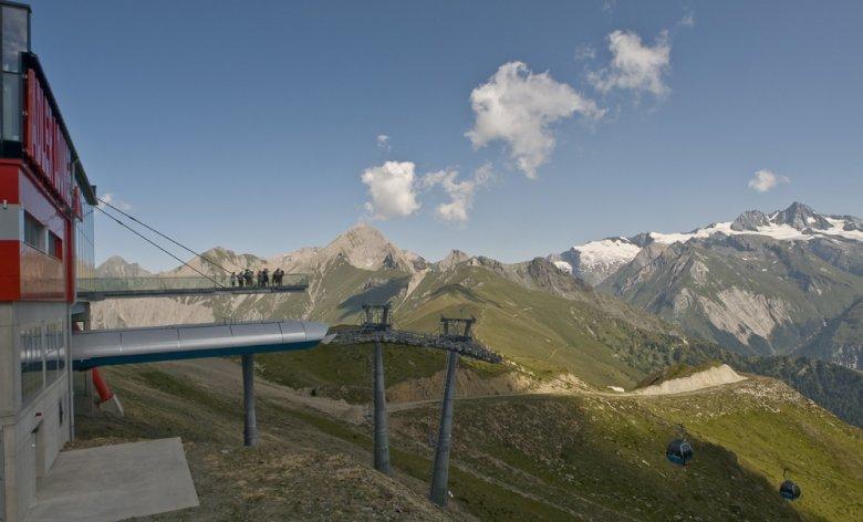 Panorama bij de Adler Lounge in Osttirol, foto: schultz-ski.at