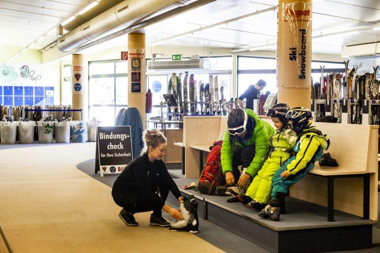 Take Off – Snow & Fun Center skiverhuurin Serfaus