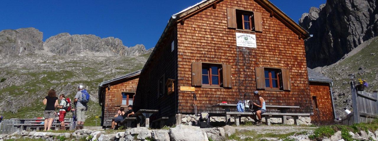 Hermann-von-Barth-Huette in de Lechtaler Alpen, © Harald Wolf