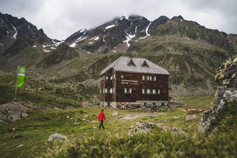 Op de Hochschoberhütte komen enkel streekgebonden producten op tafel. , © TVB Osttirol, Thomas Herdieckerhoff