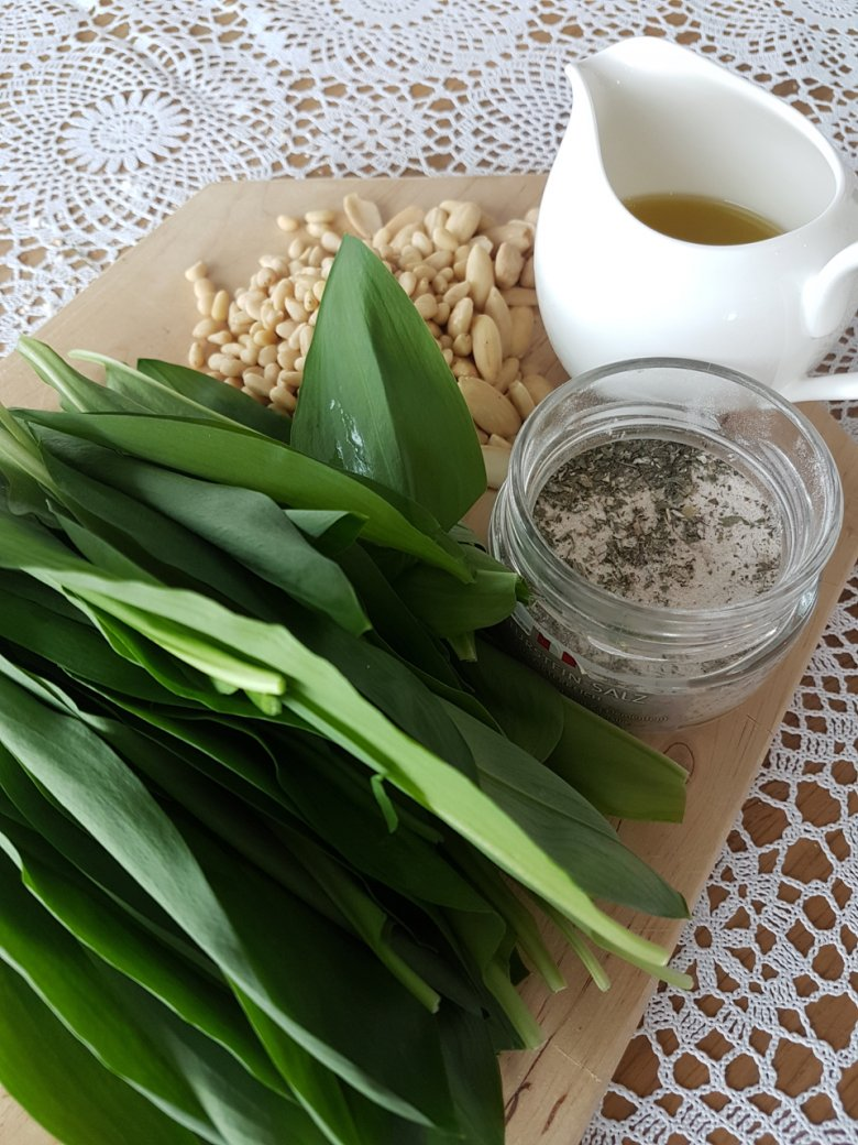 Bärlauch-Pesto Vorbereitung