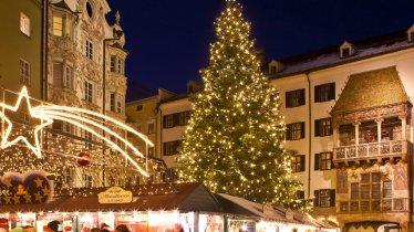 Kerstmarkt in het oude stadscentrum van Innsbruck, © Innsbruck Tourismus/Christoph Lackner