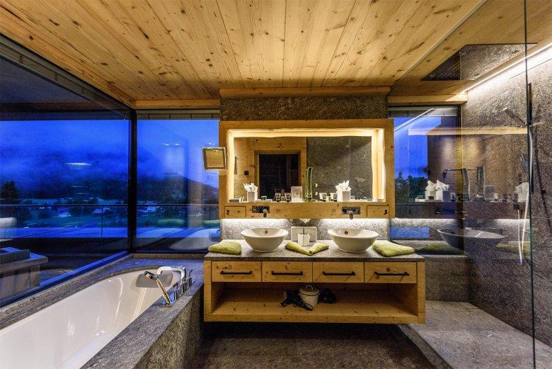 Baden met uitzicht, © Hotel Jungbrunn