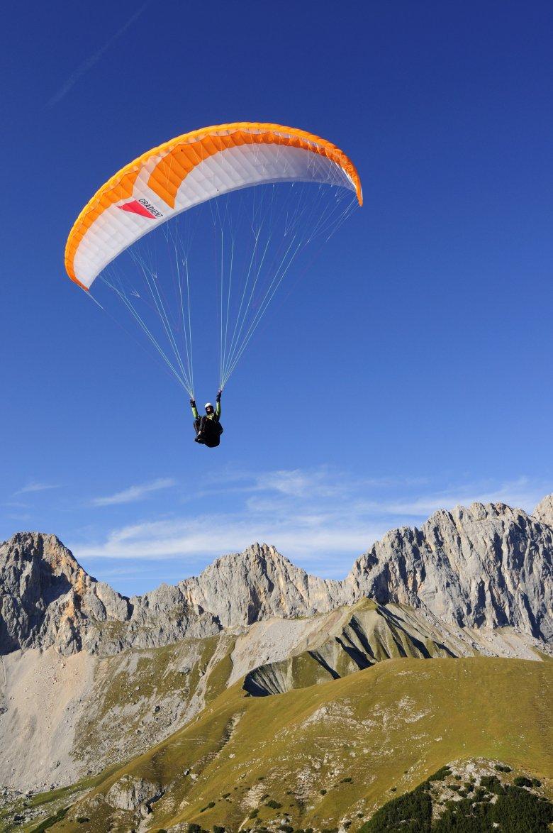 Opstijgen, vertrekken, vlieg naar de volgende hut. , © Tirol Werbung