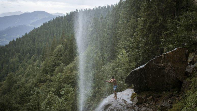 Schleier waterval bij Wilden Kaiser, © Tirol Werbung/Jens Schwarz