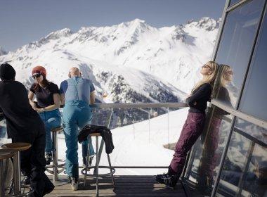 Sonnenskilauf in St. Anton  am Arlberg