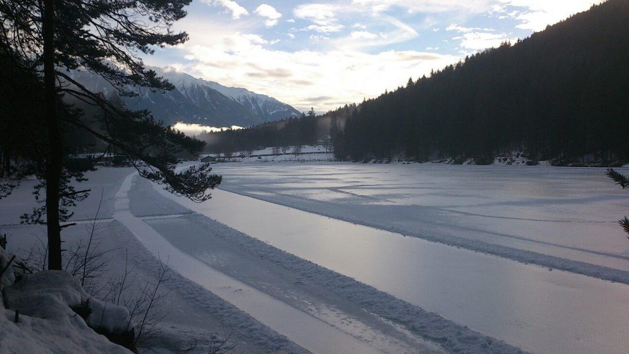 Schaatsbaan op de Tristacher See in Osttirol