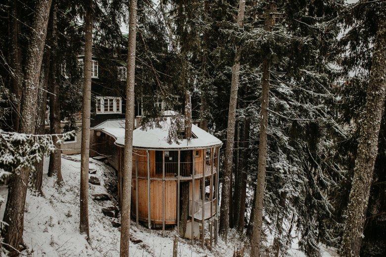 Eén met de natuur. Het Hotel Grafenast past perfect in zijn decor.