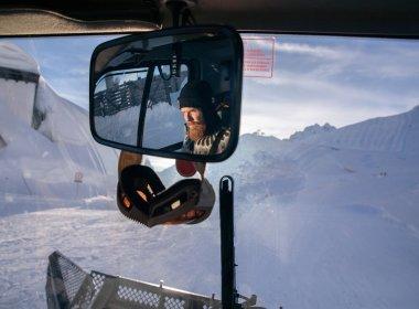 Ongewone beroepen – Innsbrucks Snowpark-shaper Bjarni Valdimarsson; Skylinepark Nordkette.