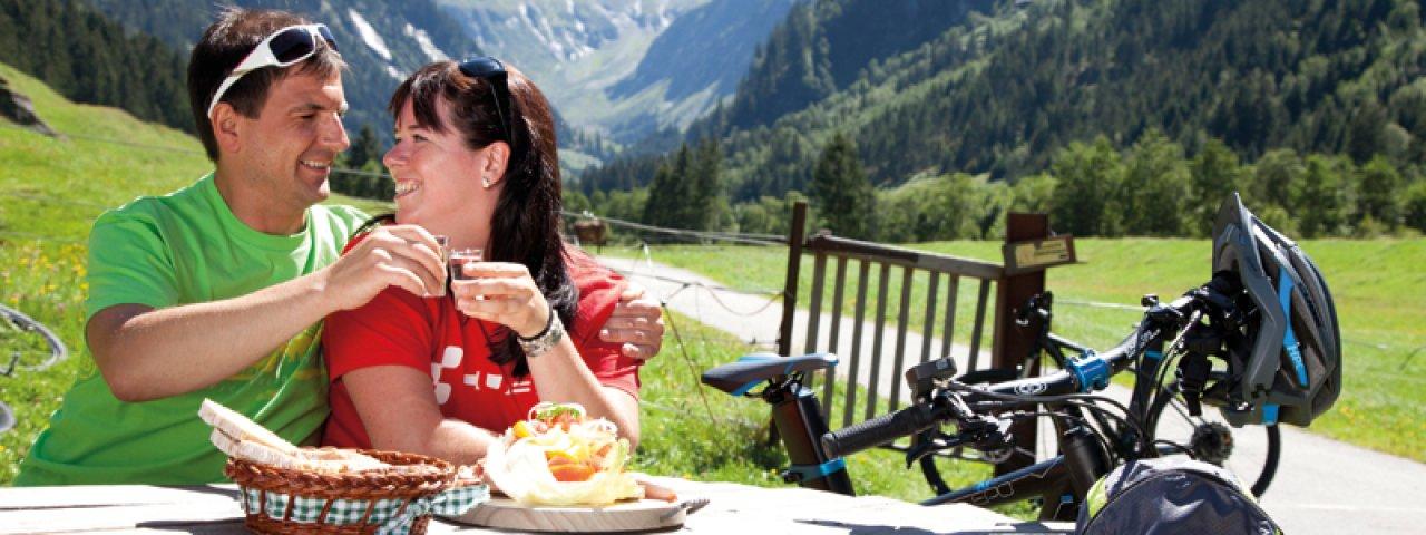 Jause am Stilupsee, © TVB Mayrhofen - blickfang photographie